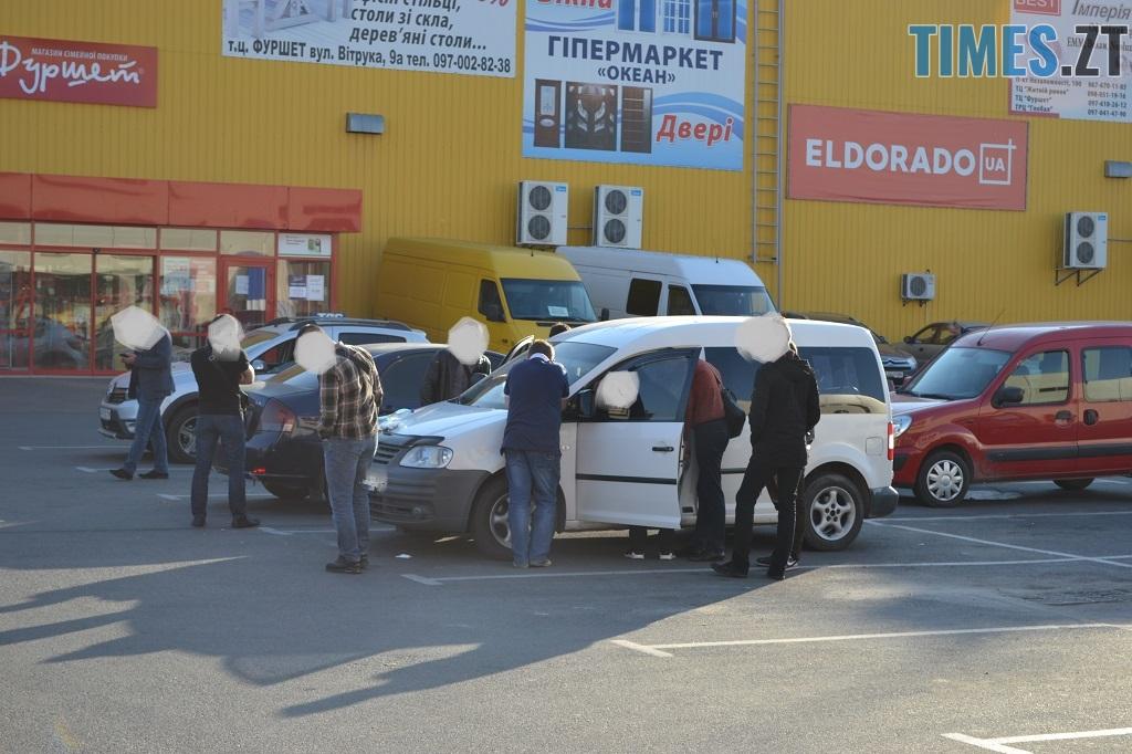 DSC 0005 - У Житомирі затримали прокурора на одержанні хабара у 2000 доларів (ФОТО)