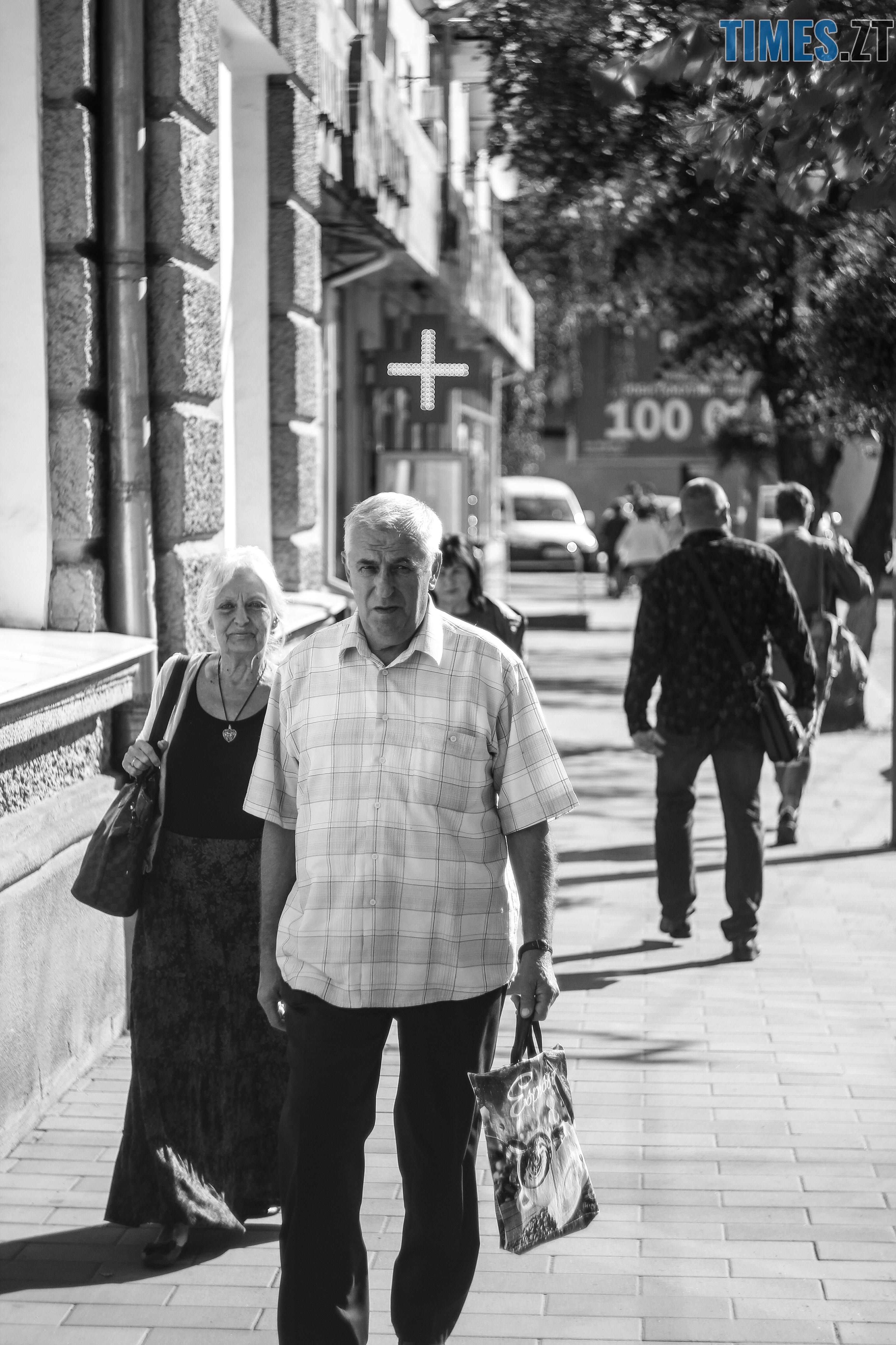 IMG 0023 - Старість чи її відчуття: звичайні будні житомирян поважного віку (ФОТОРЕПОРТАЖ)