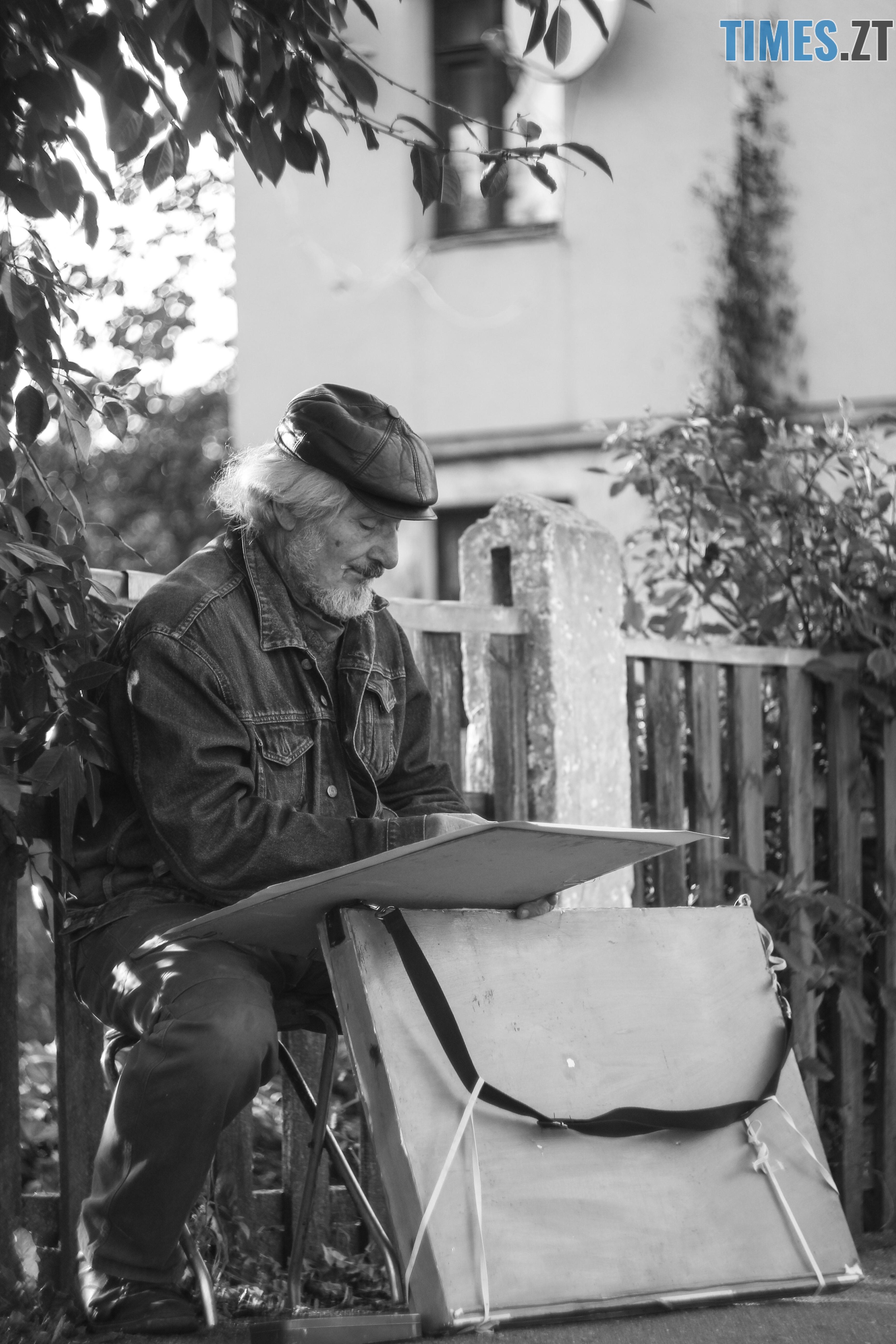 IMG 0963 - Старість чи її відчуття: звичайні будні житомирян поважного віку (ФОТОРЕПОРТАЖ)