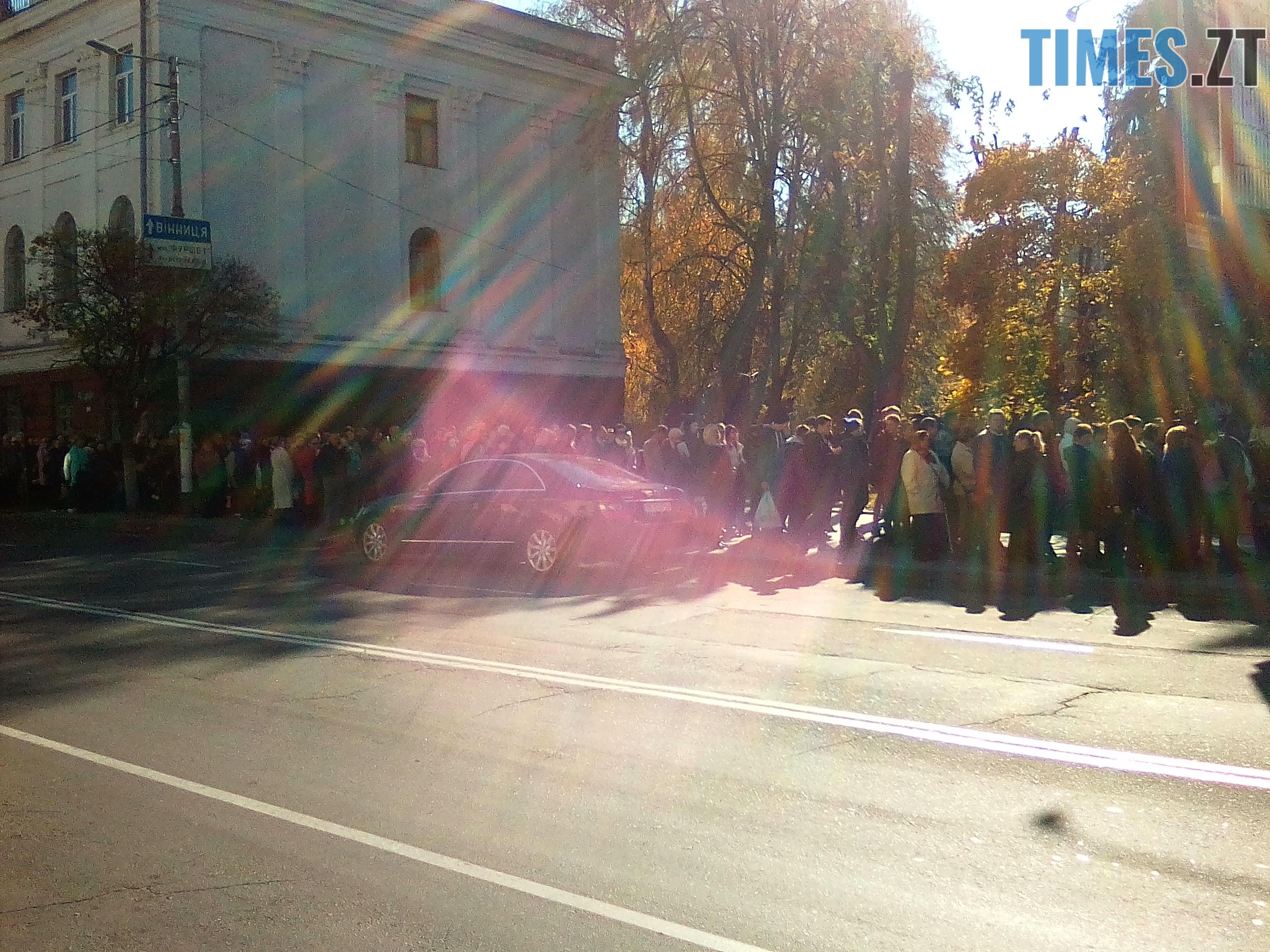 IMG 20181022 121854 - Тисячі житомирян попрощались з акторкою Мариною Поплавською