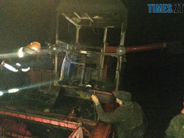 P81010 203116 - У Баранівському районі згорів комбайн та 2 тонни гречки
