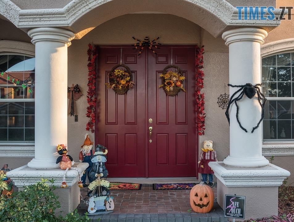 halloween 3747071 960 720 - Halloween, Геловін або День всіх святих: історія, традиції та цікаві факти