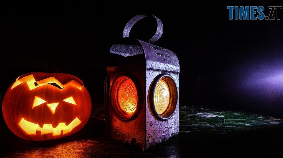 jack o lantern 518774 960 720 - Halloween, Геловін або День всіх святих: історія, традиції та цікаві факти
