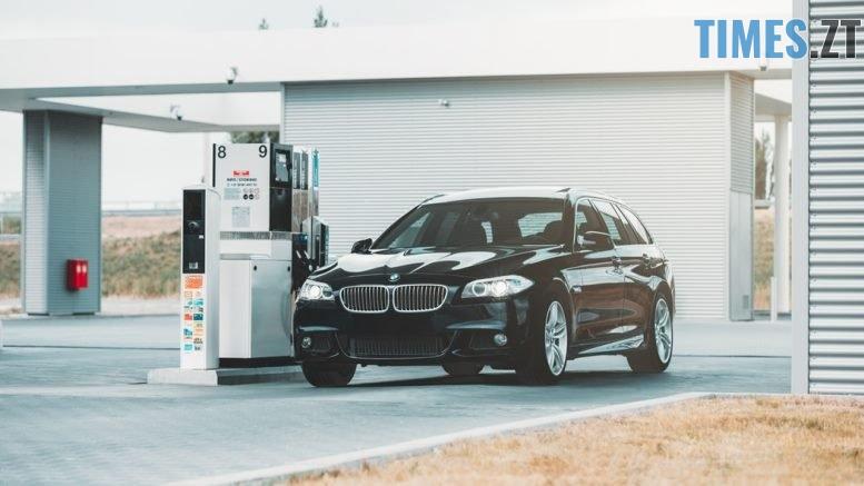photo 1533893979679 909d29ed5de3 - Бензин по 40 гривень: чи варто очікувати водіям нового зростання