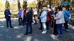 tur 3 260x146 - Світ відкриває нас: на Житомирщині проводять екскурсії для людей з вадами зору