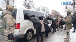 260x146 - У центрі Житомира силовики затримали групу квартирних злодіїв