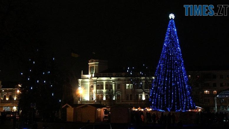 ярмарок - Без льодових скульптур та з народними майстрами: як святкуватимуть різдвяні та новорічні свята у Житомирі