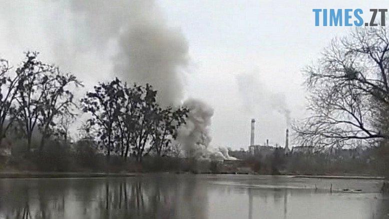 2018 11 23 172056 - Пожежу на житомирському підприємстві гасили 18 рятувальників та 4 пожежних автомобілі