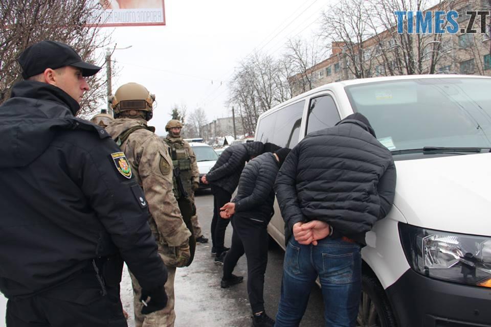 46936117 1030593670480951 982295055370813440 n - У центрі Житомира силовики затримали групу квартирних злодіїв