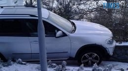 46938762 10212241246819140 3136764635181481984 n 260x146 - Невдала втеча: у Житомирі водій елітної BMW виїхав на парапет