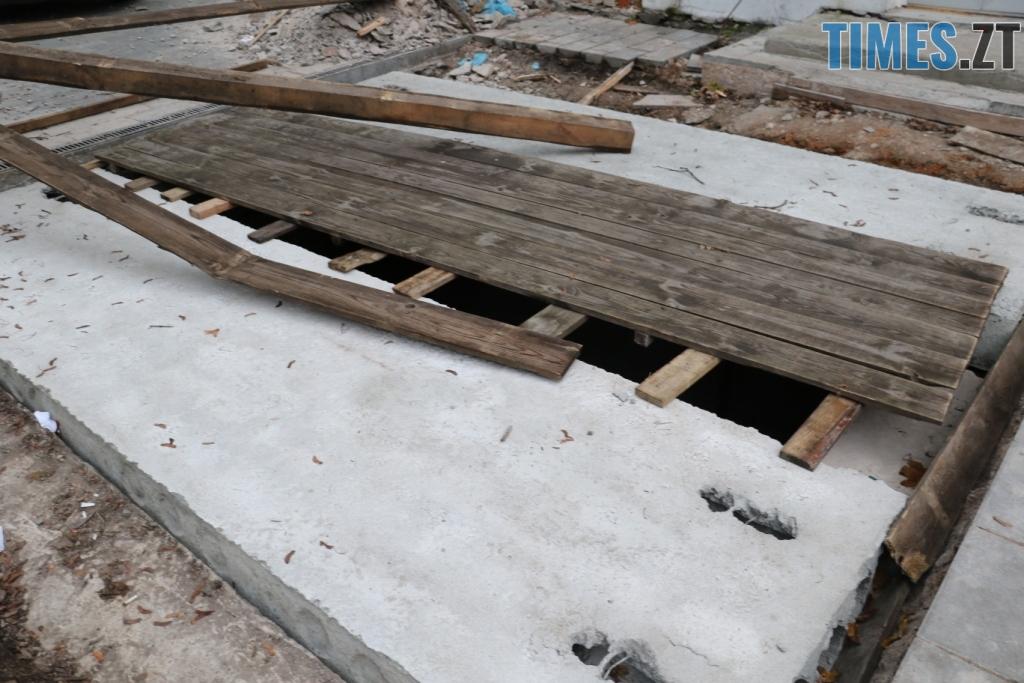 img1541514862 1 - «Підземелля» на Бердичівській вже до кінця місяця накриють броньованим склом