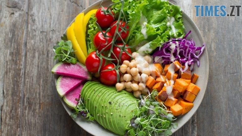 photo 1512621776951 a57141f2eefd - Міжнародний день вегана: хто вони такі та що вони їдять
