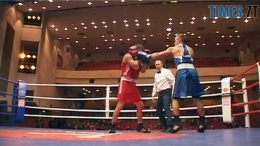 260x146 - Кращий боксер світу відвідав Бердичів і підтримав боксерів-початківців (ВІДЕО)
