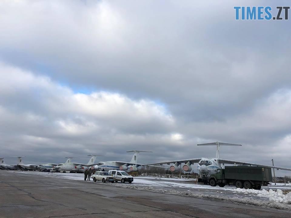 47433847 1242447085895543 4043718757225332736 n - На військовому аеродромі в Озерному очікують прильоту президента