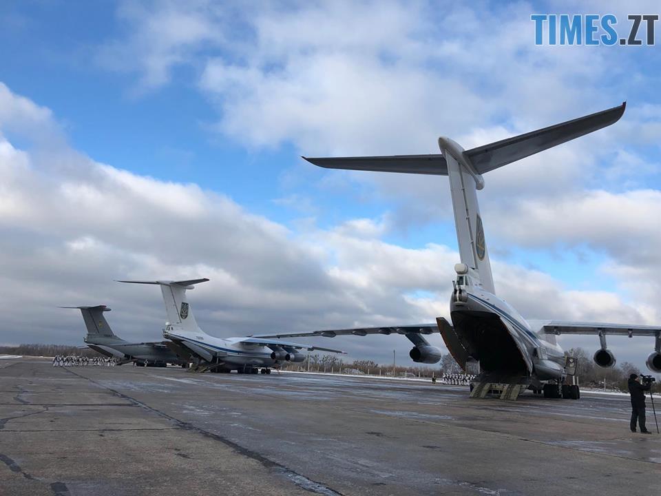 47577916 361755674575581 4005344723379159040 n - На військовому аеродромі в Озерному очікують прильоту президента