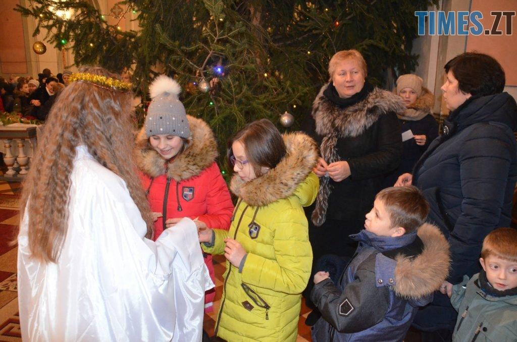48421494 2551697941514768 4304278488744984576 o 1024x678 - Різдвяна Меса у кафедральному соборі: фоторепортаж