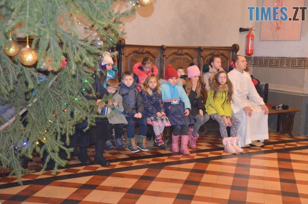 49167827 2551696594848236 5619637245624451072 o 1024x678 - Різдвяна Меса у кафедральному соборі: фоторепортаж