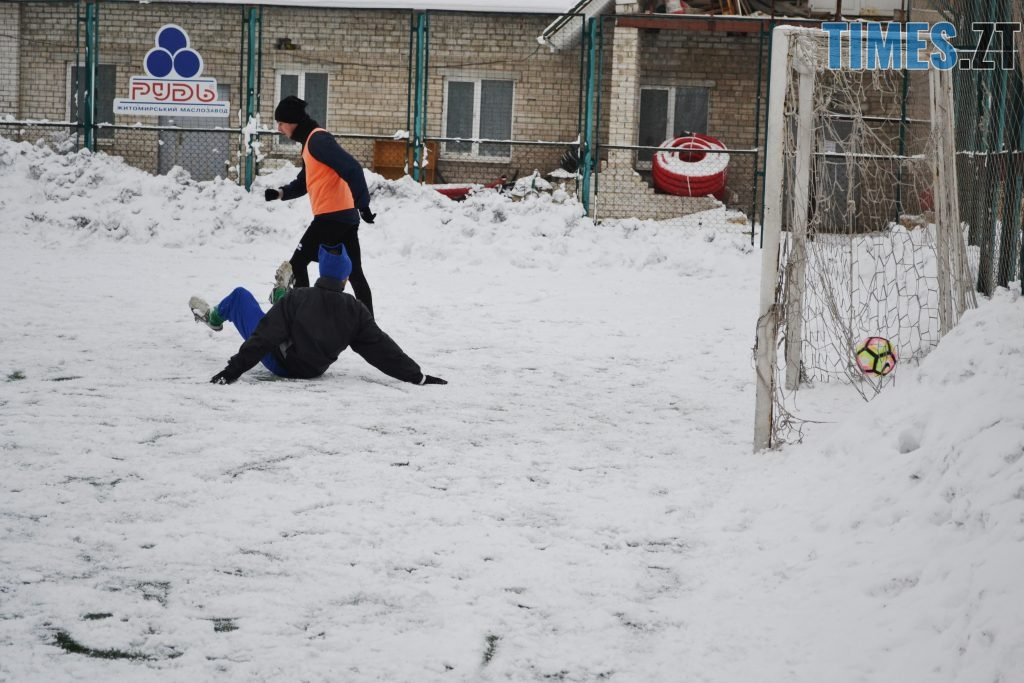 8 1 1024x683 - Вихованці Сергія Завалка зустрілися у щорічному футбольному батлі