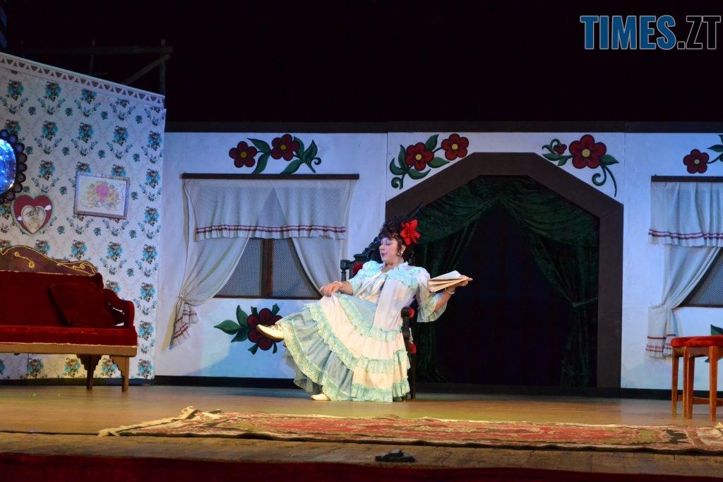 DSC 0413 1024x683 - «За двома зайцями»: 20 років на сцені Житомирського драмтеатру