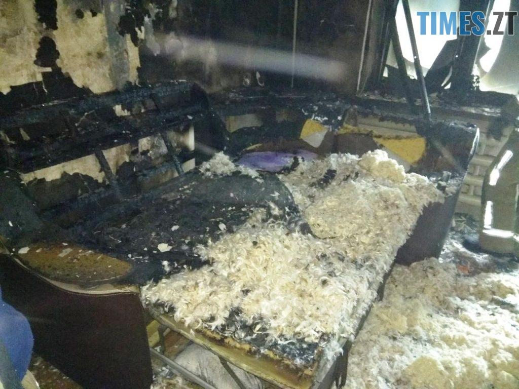 IMG 5259 1024x768 - У Коростені рятувальники винесли з пожежі матір та дитину: хлопчик помер у лікарні