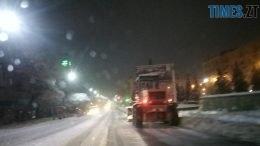 img1544686084 3 260x146 - Як прибирають Житомир після нічного снігопаду