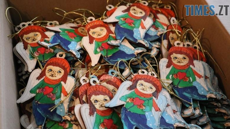 img1545229715 1 - Янголи з великим серцем: діти привітали військових з Днем святого Миколая