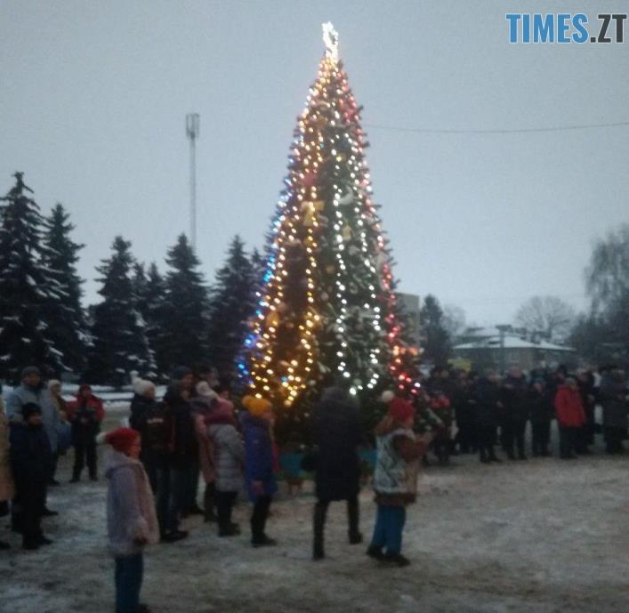 lyubar - Як виглядають новорічні ялинки у різних районах Житомирської області