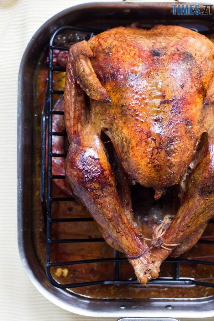 photo 1501200291289 c5a76c232e5f 1 683x1024 - Новорічні страви, які здивують ваших гостей: рецепти