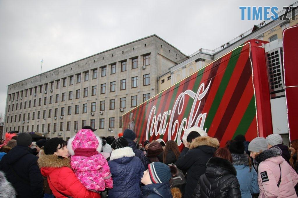 1024x683 - Різдвяна вантажівка Coca-Cola прибула в Житомир