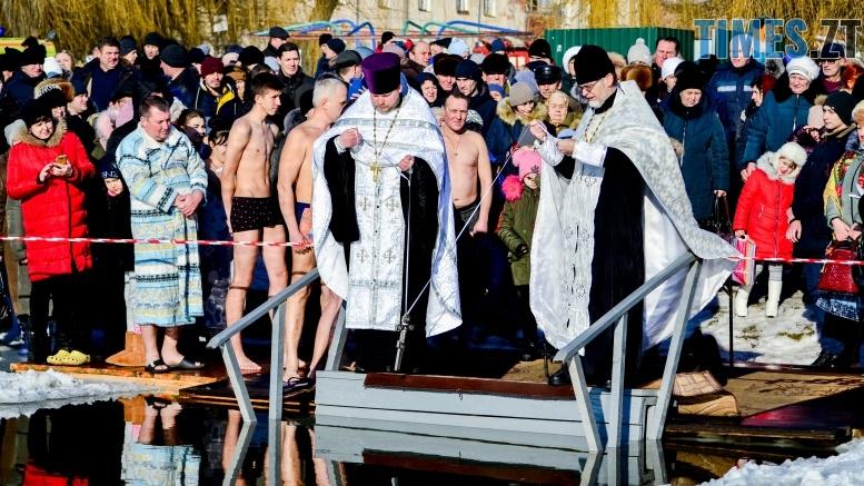 DSC 0018 - Сотні бердичівлян на Водохреща пірнули в ополонку: як це було
