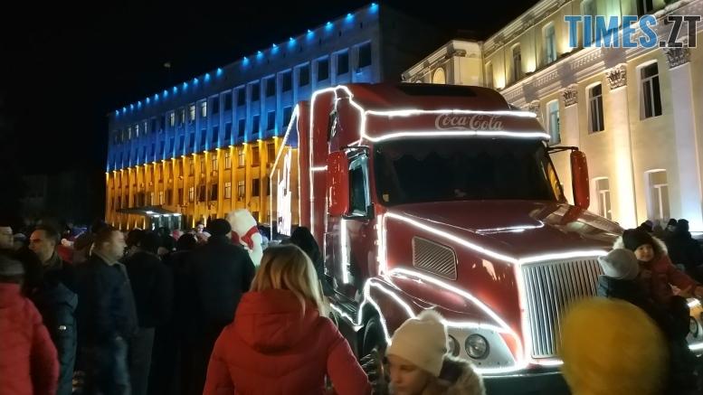 IMG 20190102 171924 - Різдвяна вантажівка Coca-Cola прибула в Житомир