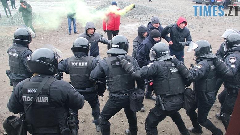 53101219 1097523900454594 1974344677255544832 o - Поліція, Нацгвардія, рятувальники та прикордонники провели у Житомирі маштабні спільні навчання