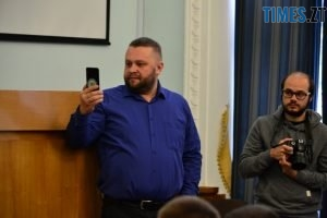 DSC 0704 Kopyrovat  300x200 - Житомирські депутати планують зупинити будівництво на Хлібній через суд