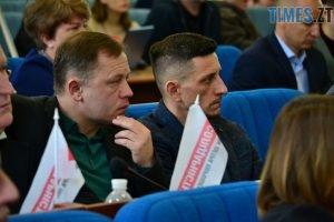 DSC 0759 Kopyrovat  300x200 - Житомирські депутати вирішили дочекатись, коли «аварійна школа» розвалиться сама