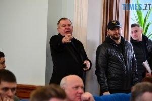 DSC 0762 Kopyrovat  300x200 - Житомирські депутати вирішили дочекатись, коли «аварійна школа» розвалиться сама