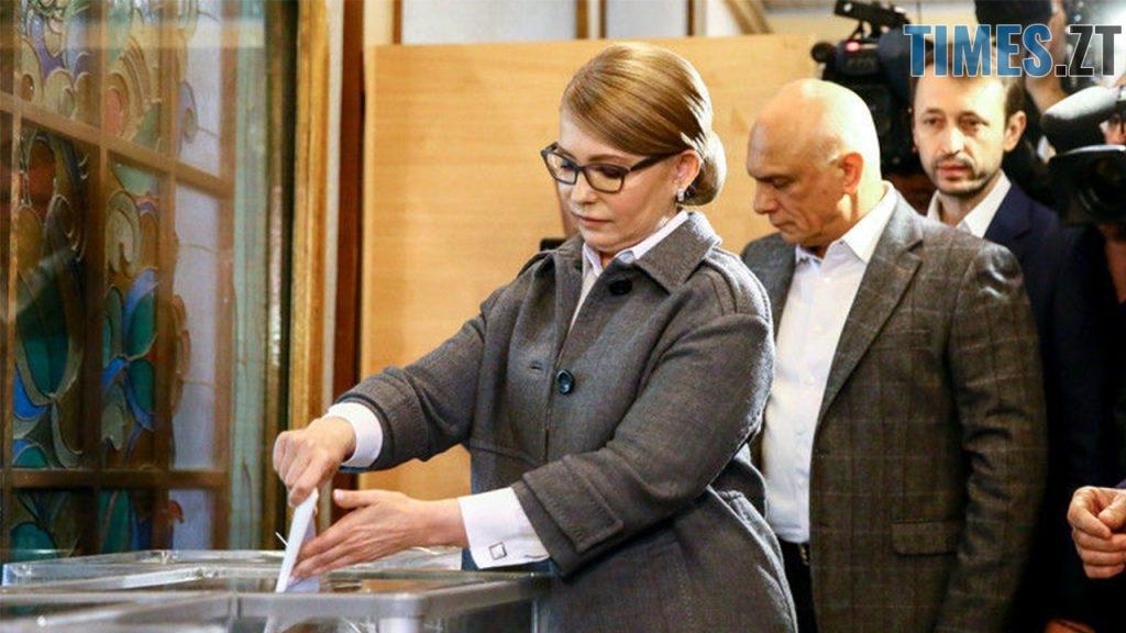 """1 1024x576 - """"Громадянський обов'язок""""  - кандидати демонструють голосування за самих себе (ФОТО)"""