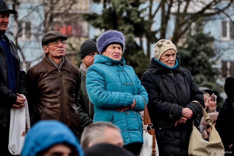 DSC 0098 Kopyrovat  - Концерт, бійки, гасла - Юлія Тимошенко зустрілась з житомирянами (ФОТО)