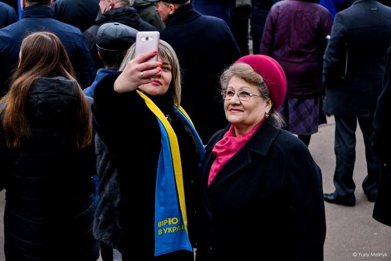 DSC 0127 Kopyrovat  - Концерт, бійки, гасла - Юлія Тимошенко зустрілась з житомирянами (ФОТО)