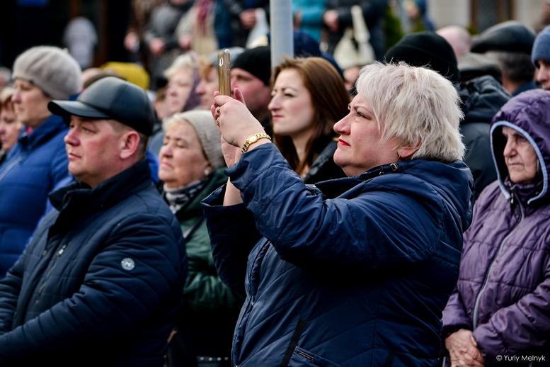 DSC 0146 Kopyrovat  - Концерт, бійки, гасла - Юлія Тимошенко зустрілась з житомирянами (ФОТО)