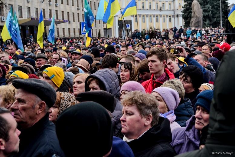 DSC 0195 Kopyrovat  - Концерт, бійки, гасла - Юлія Тимошенко зустрілась з житомирянами (ФОТО)