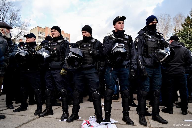 DSC 0236 Kopyrovat  - Фаталіті на майдані Корольова: прихильники Тимошенко побилися з її опонентами (ФОТО)