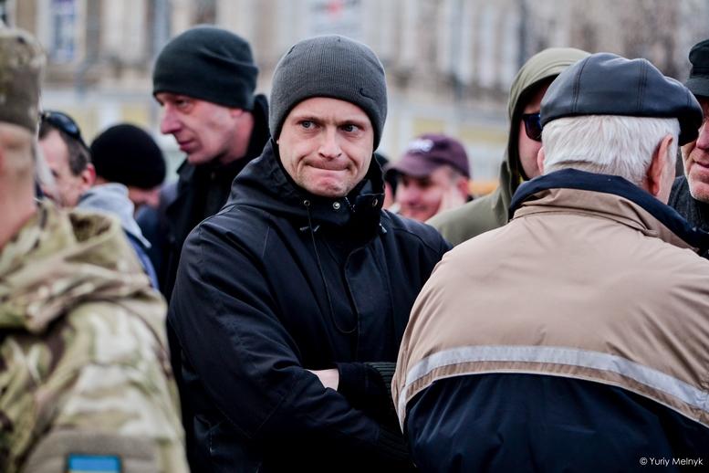 DSC 0261 Kopyrovat  - Фаталіті на майдані Корольова: прихильники Тимошенко побилися з її опонентами (ФОТО)