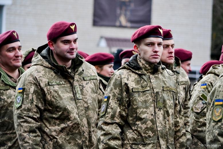 DSC 0795 Kopyrovat  - Не дам розкрадати армію: у Житомирі Порошенко погрожував корупціонерам в армії (ФОТО)