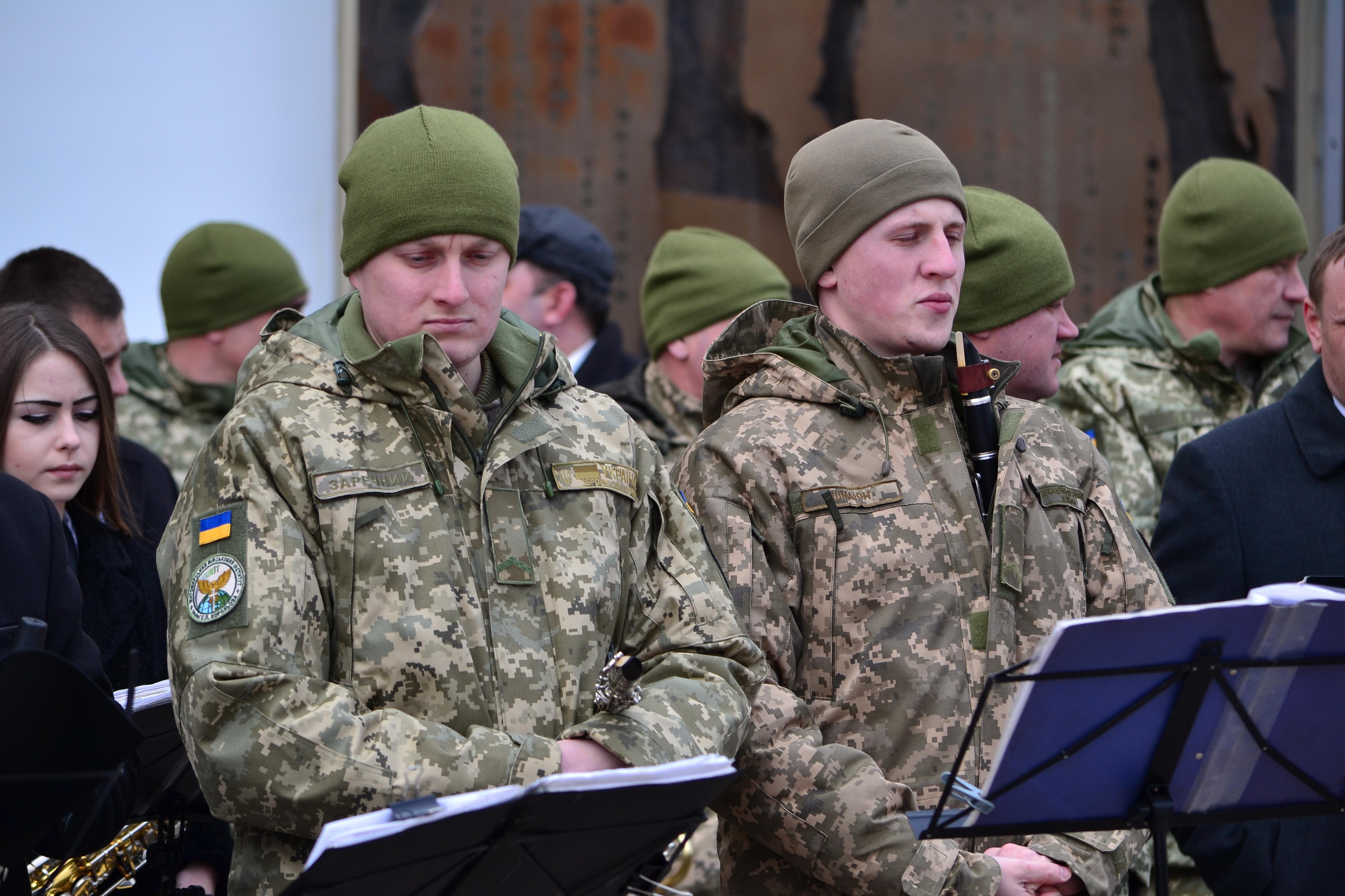 DSC 0799 - Ці воїни наповнюють наші серця: в Житомирі відзначили День українського добровольця (ФОТО)