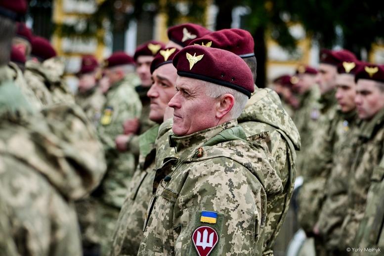 DSC 0821 Kopyrovat  - Не дам розкрадати армію: у Житомирі Порошенко погрожував корупціонерам в армії (ФОТО)