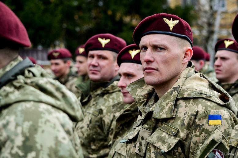 DSC 0825 Kopyrovat  - Не дам розкрадати армію: у Житомирі Порошенко погрожував корупціонерам в армії (ФОТО)