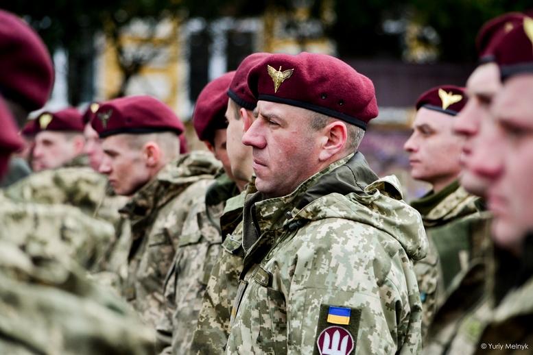 DSC 0827 Kopyrovat  - Не дам розкрадати армію: у Житомирі Порошенко погрожував корупціонерам в армії (ФОТО)