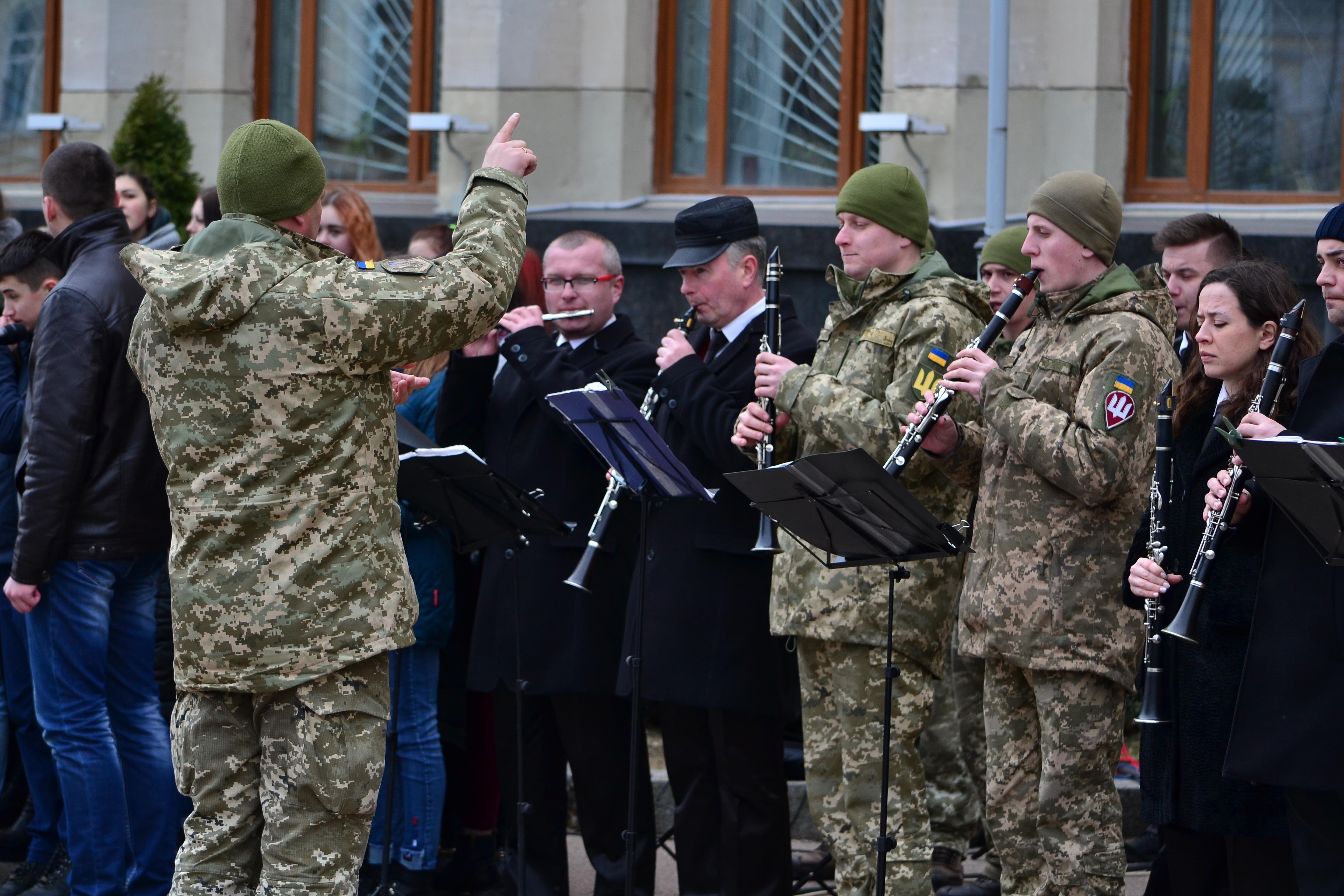 DSC 0853 1 - Ці воїни наповнюють наші серця: в Житомирі відзначили День українського добровольця (ФОТО)