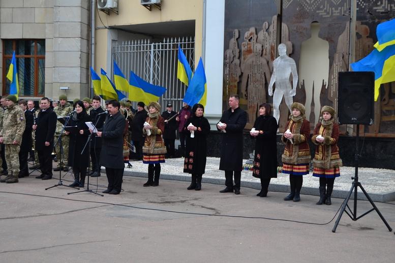 DSC 0913 Kopyrovat 1 1 - Ці воїни наповнюють наші серця: в Житомирі відзначили День українського добровольця (ФОТО)