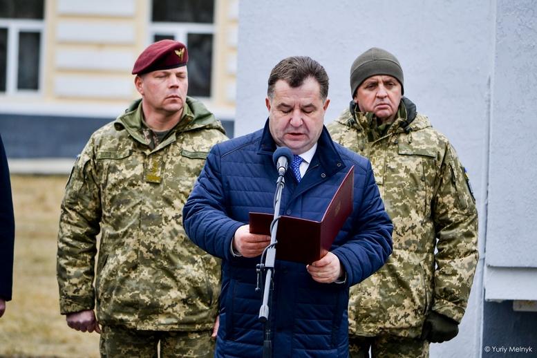 DSC 0929 Kopyrovat  - Не дам розкрадати армію: у Житомирі Порошенко погрожував корупціонерам в армії (ФОТО)